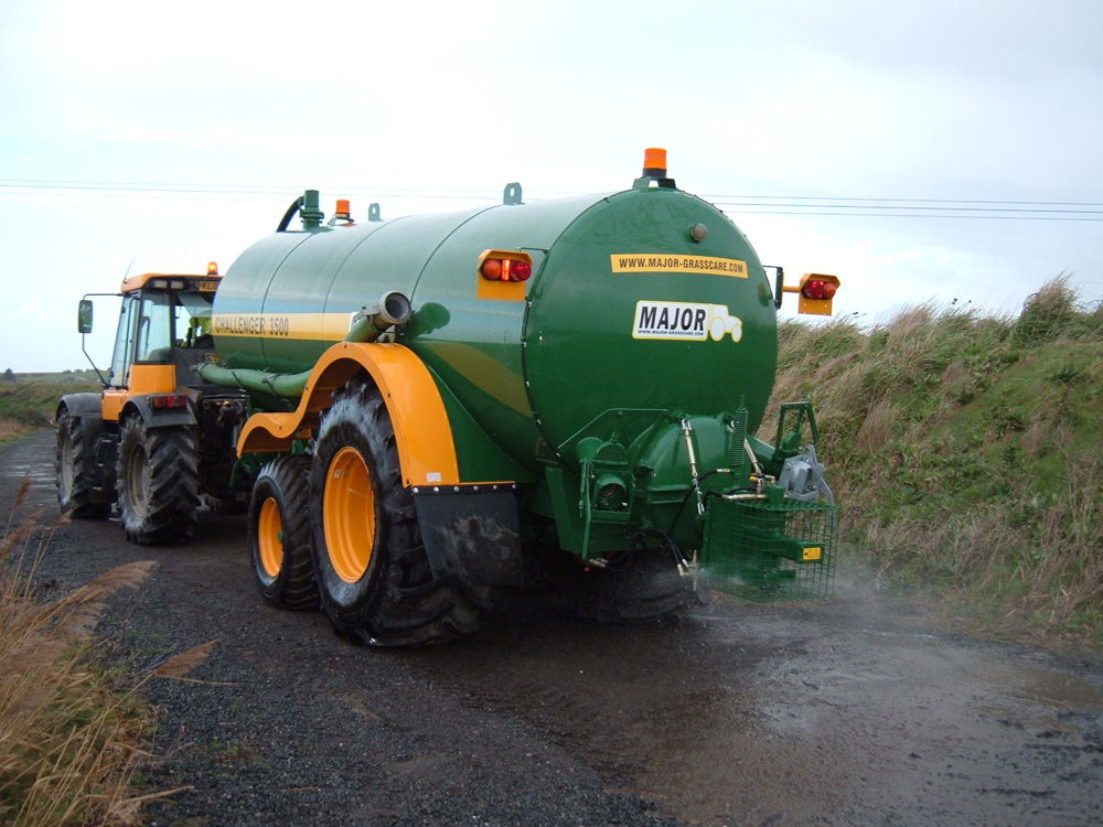 Tractor With Tanker : Major challenger slurry tanker walmsley tractors limited